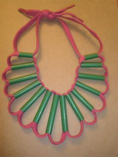 Cool things to make using shoe laces. These shoe lace crafts include how to make shoe laces, shoe lace patterns, and eclectic crafts with shoelaces. Summer Crafts, Diy And Crafts, Arts And Crafts, Paper Crafts, Kids Jewelry, Jewelry Crafts, Ladies Jewelry, Plastic Straw Crafts, Drinking Straw Crafts