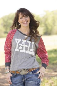 Great American Country shares photos of Jolie Sikes-Smith. Get inspired by her signature Junk Gypsy style, where country-chic meets boho. Dresses With Cowboy Boots, Cowgirl Outfits, Cowgirl Style, Gypsy Style, Style Me, Junk Gypsies Decor, Cute Shirts, Cute Outfits, Gypsy Fashion
