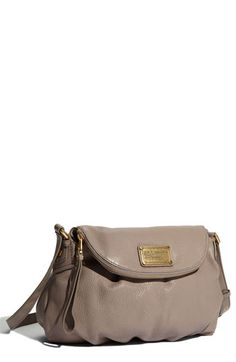 I love my Marc by Marc Jacobs Classic Q - Hillier Hobo bag and I'm dying for a classy neutral color! This is perf!