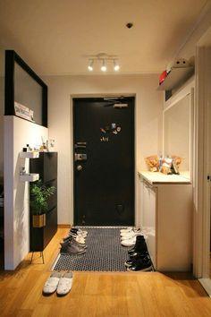 Condo Interior Design, Small Apartment Design, Small Room Design, Home Room Design, Small Apartments, House Design, Korean Apartment Interior, Aesthetic Room Decor, House Rooms