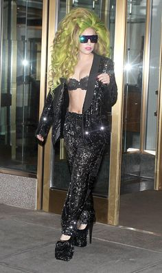 Lady Gaga having a major MILLY moment in a sequin tuxedo straight from the runway American Idol, Cara Delevingne, Lady Gaga, Jennifer Lopez, Tuxedo, Goth, Runway, Sequins, Hollywood
