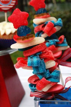 Super Cute 4th of July Mini Sparkler Candy Kabobs
