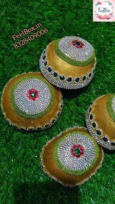 Kalash Decoration, Thali Decoration Ideas, Bridal Gift Wrapping Ideas, Wedding Gift Baskets, Home Wedding Decorations, Wedding Crafts, Coconut Decoration, Indian Wedding Gifts, Wedding Symbols