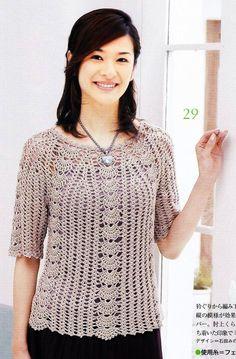 Mais uma blusa interessante da internet.    GRÁFICO  Ótimos crochês!