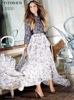 Sarah Jessica Parker wearing Dolce & Gabbana for Harper's Bazaar Arabia December 2014. #sarahjessicaparker