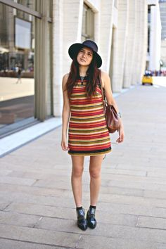 Dylana of Color Me Nana in the Strut Cutout Chelsea Boot (http://www.nastygal.com/product/strut-cutout-chelsea-boot) #ShoeCult