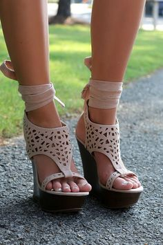 Riverside Drive Gladiator Ankle Strap Nude Cut Out Wedge Sandals $40