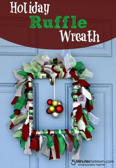DIY Holiday Ruffle Wreath Tutorial #craft #holidays #wreath