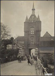 Oude foto van de #Lekpoort in #Vianen, 1925.