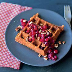 la colazione autunnale per antonomasia è a base di waffle di zucca, sofficissimi e nutrienti, sono il modo migliore per iniziare la giornata