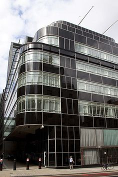 Daily Express  Building, London,  England; 1930-  1932; Herbert Ellis  and W. L. Clarke  with Owen  Williams. Art Deco.