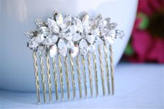 Shop for on Etsy, the place to express your creativity through the buying and selling of handmade and vintage goods. Short Wedding Hair, Hair Comb Wedding, Bridal Hair, Art Deco Hair, Something Old, Crystal Jewelry, Wedding Hairstyles, Short Hair Styles, Hair Beauty