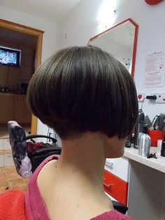 Another great bob, and another style that I would so absolutely try on a pretty guy if he had the hair for it. Short Bob Cuts, Short Hair Cuts, Short Hair Styles, Short Bobs, Short Wedge Hairstyles, Cute Short Haircuts, Classic Hairstyles, Shaved Nape, Stacked Bob Hairstyles