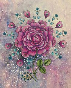 """Gefällt 268 Mal, 24 Kommentare - ゆっきー (@kamiyu0402) auf Instagram: """"里帰りの時に塗りかけていた#mariatrolle さんの#ポストカード塗り絵 ✨✨今日自宅で完成させました❤️ お花は#ホルベイン色鉛筆 、#プリズマカラー 、#フルブレンダー #ラメペン…"""""""