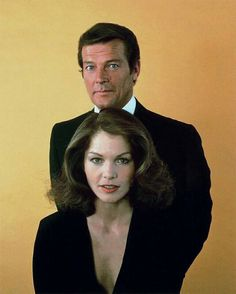 "Roger Moore & Lois Chiles starred in the James Bond movie ""Moonraker"" James Bond Actors, James Bond Movies, Aston Martin, Roger Moore, Bond Girls, Sean Connery, Daniel Craig, British Actresses, Artist"