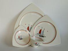 Art Deco Salem  Plate Shape: Tricorne  Cup Shape: Streamline Pattern: Sailing