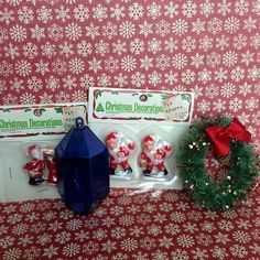 Lot of Vintage Christmas items by wonderfulathome on Etsy, $11.95 #vintage #Christmas #vintagechristmas #bottlebrushwreath