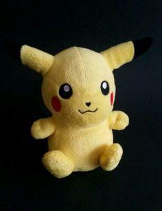 2007-Pikachu-Pokemon-Jakks-Nintendo-Plush-Stuffed-Toy