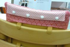 coussin chaise haute stokke tripp trapp pikebou 6 Chaise Tripp Trapp, Baby Chair, Chairs, Bebe, Sewing Projects, Bricolage