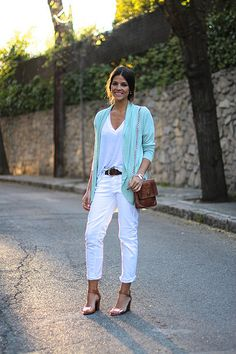 trendy_taste-look-outfit-street_style-ootd-blogger-fashion_spain-blog_de_moda_españa-turquoise_jacket-chaqueta_turquesa-pitillos-vaqueros_blancos-white_denim-polaroid-15 by Trendy Taste, via Flickr
