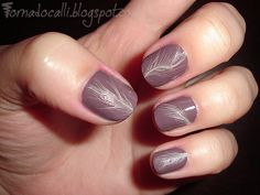 Tornado Calli's Nail Art... and the Occasional Product Review: Feathers
