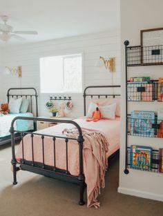 Dream Girl Bedroom Design Ideas for 2020 Part 44 ; bedroom ideas for small rooms; bedroom ideas for small rooms; Boy And Girl Shared Room, Boy Girl Room, Girl Rooms, Child Room, Modern Girls Rooms, Sibling Room, Girls Bedroom, Bedroom Decor, Childs Bedroom