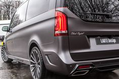 Larte Design will showcase this new Mercedes-Benz V-Class dubbed Black Crystal at the Geneva Motor Show 2016. See it here.