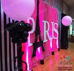 Wedding Themes Ideas Paris New Ideas Paris Themed Birthday Party, 13th Birthday Parties, Birthday Party Themes, Girl Birthday, Paris Prom Theme, Paris Theme Parties, Paris Quinceanera Theme, Thema Paris, Paris Sweet 16
