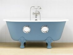 This bathtub would be so fun in a kids bathroom. Brilliant Asylum
