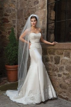 New Arrival Wedding Dresses Trumpet/Mermaid Sweetheart Court Train Satin