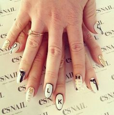 White nails with guns Es Nails, Love Nails, Professional Nail Art, Love Natural, Nail Envy, Nail Games, Nails On Fleek, White Nails, Nails Inspiration