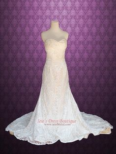 Vintage Lace A-line Wedding Dress with Strapless Sweetheart  Joy
