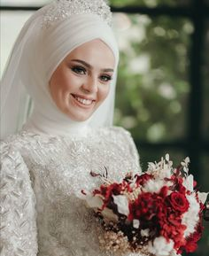 Bridal Hijab, Hijab Bride, Wedding Hijab, Muslimah Wedding Dress, Hijab Style Dress, Muslim Brides, Muslim Girls, Simple Hijab, Mode Hijab