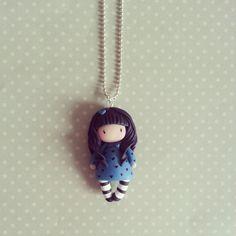 Collier Inspiration Gorjuss - Petite fille en bleu : Collier par madame-manon