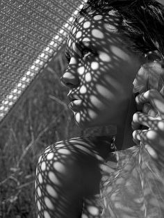 Black and White Portrait Photography: Expert Advice That Helps You Succeed – Black and White Photography Shadow Photography, Portrait Photography, Fashion Photography, Foto Top, Shadow Silhouette, Shadow Photos, America's Next Top Model, Shadow Art, Shadow Play