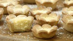 Mini Zitronen-Tarte, ein leckeres Rezept aus der Kategorie Frucht. Bewertungen: 1. Durchschnitt: Ø 2,7.