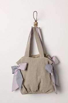 Knotted Tagalong Tote.