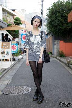 Harajuku street fashion | Tokyo Fashion: #stockings #shoes #hairdye