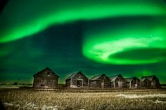 Near Grande Prairie, Alberta, Canada: Northern Lights - Famous Amos Photography
