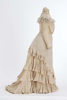 Wedding dress, Julia and Mary Tomasek, 1899. Worn by Gertrude Stoke (Mrs. Thompson) in 1899.
