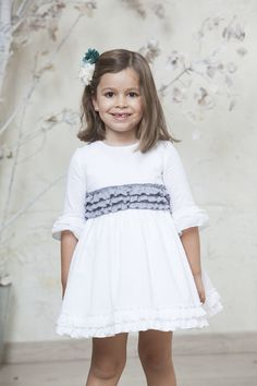 Vestido Rita flusflus / ceremonia 2017 Quémono! Girls Dresses, Flower Girl Dresses, Ethnic, Girl Outfits, Wedding Dresses, Kids, How To Wear, Clothes, Fashion