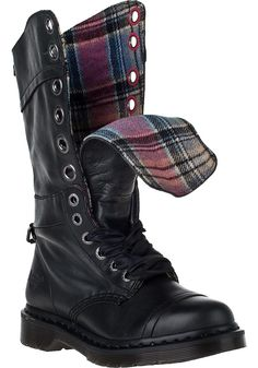 Dr. Martens - Triumph-1914 Tall Boot Black Leather