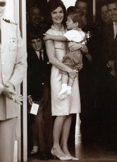 sillyjedi:    Jacqueline Kennedy and John Jr.  May, 1963