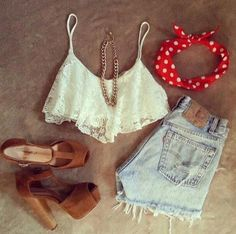 summer look: lace cropped top, high shorts, brown pumps, accessories