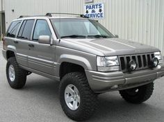 I'm looking for suggestions on complete custom ZJ builds that will give the best bang for the buck for most everyone. 1999 Jeep Grand Cherokee, Jeep Grand Cherokee Laredo, Jeep Wk, Jeep Xj Mods, Jeep Baby, Old Jeep, Jeep Gladiator, Jeep Truck, 4x4