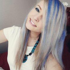 Turquoise Necklace, Creta, Hair Styles, Dark Blue, Beauty, Fashion, Stars, Hairdos, Beleza