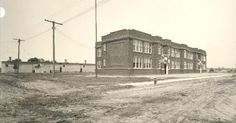 Miles Standish School, about 1922. The new Miles Standish School facing what is now Standish Avenue at 40th Street in 1922. The school was significantly enlarged in 1923, just two years after it was built. (Minneapolis Public Schools)