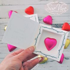 Turtorial showing how to create a mini Shadow Box for treats by Sue Vine | MissPinksCraftSpot | Stampin' Up!® Australia Order Online 24/7 |Friendships Sweetest Thoughts| Shadow Box| #shadowbox #funfold #tutorial #handmadecard #rubberstamp #stampinup