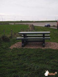 Picknickset Standaard Antraciet bij Fietsroute langs Waddenzee. in Hyppolytushoef