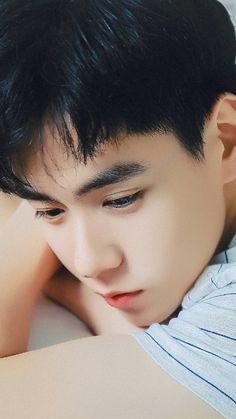A softie 🌻 Asian Actors, Korean Actors, China Movie, A Love So Beautiful, Perfect Strangers, Hot Actors, Flower Boys, Sad Wallpaper, Man Crush